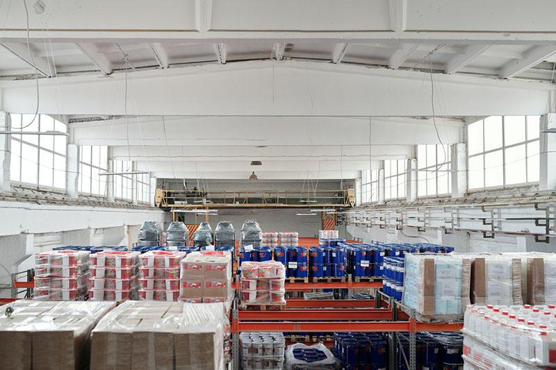 photo-of-warehouse-4481326.jpg